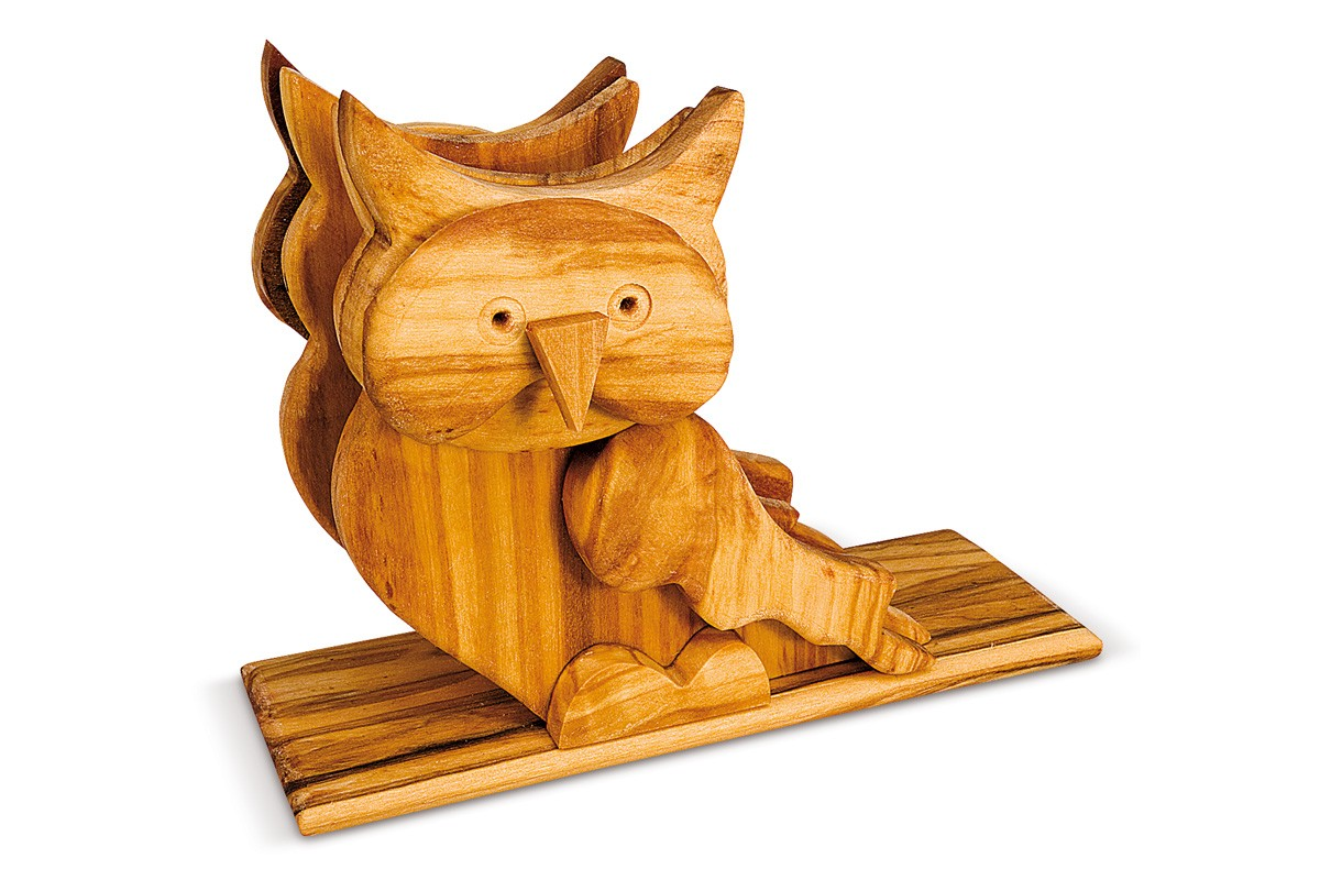 Napkin holder with owl relief