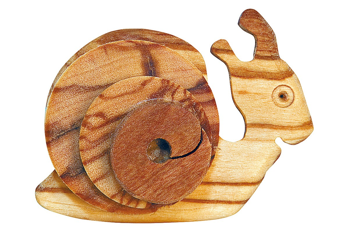 Magnet with snail